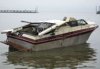Abandoned Boats - An Abandoned Motorboat